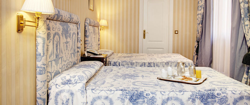 Ada palace hotel madrid 1 2 price with hotel direct for Ada bedroom
