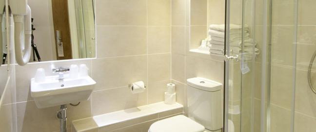 Ambassadors Hotel Kensington - Bathroom
