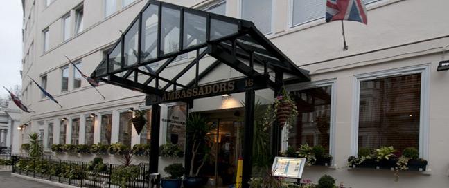 Ambassadors Hotel Kensington - Entrance