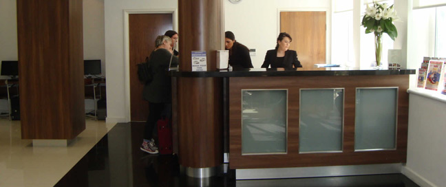 Ambassadors Hotel Kensington - Reception