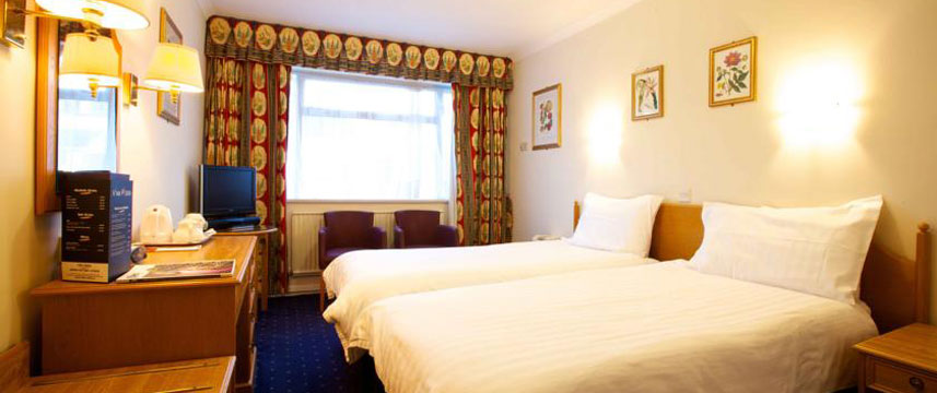 Apollo hotel jersey st helier 1 2 price with hotel direct for Garden rooms jersey