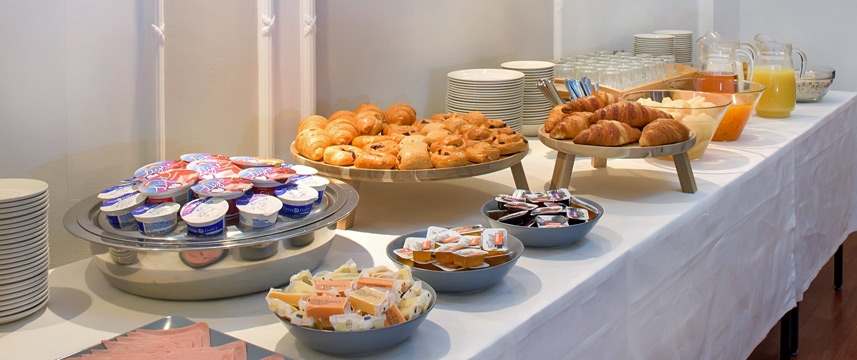 Astor Court - Breakfast Buffet