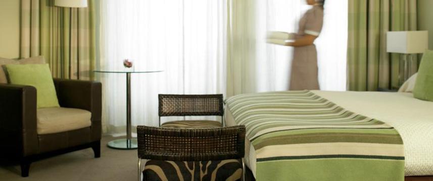 Balmoral Hotel Bedroom