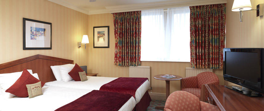 Barbican Deluxe Rooms - Twin