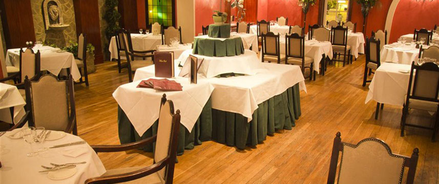 Best Western Abbots Barton Hotel - Restaurant Tables