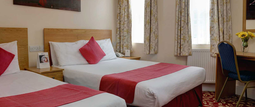 Best Western Greater London - Quad Room