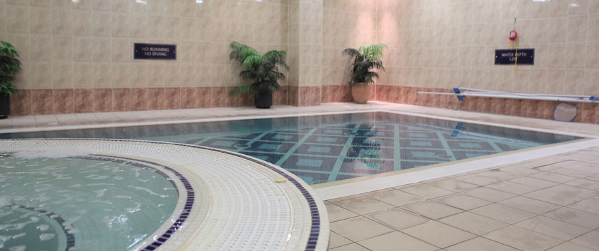 Best western menzies strathmore hotel luton 1 2 price with hotel direct for Hotels in luton with swimming pool