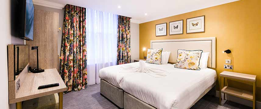 Byron hotel london 62 off hotel direct for 36 38 queensborough terrace