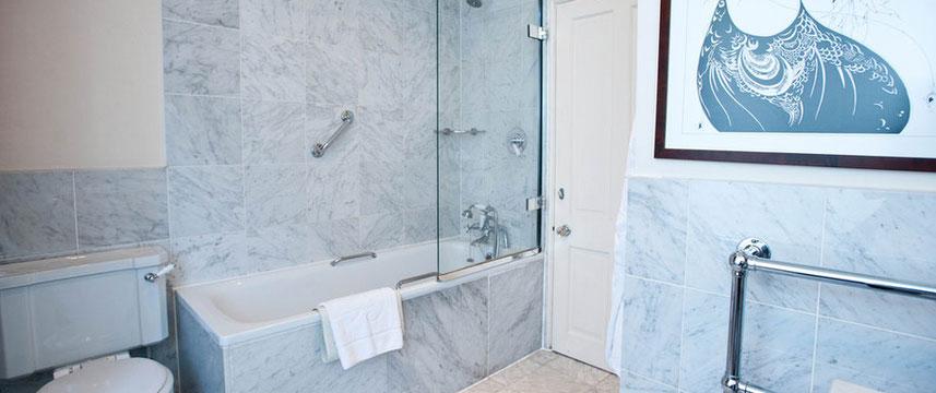 Cadogan London - Bathroom