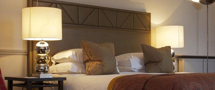 Cadogan London - Double Bedroom