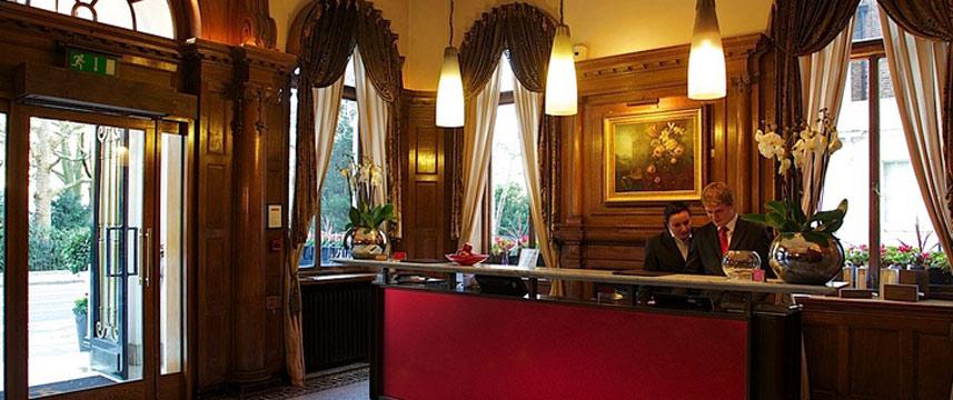 Cadogan London - Reception