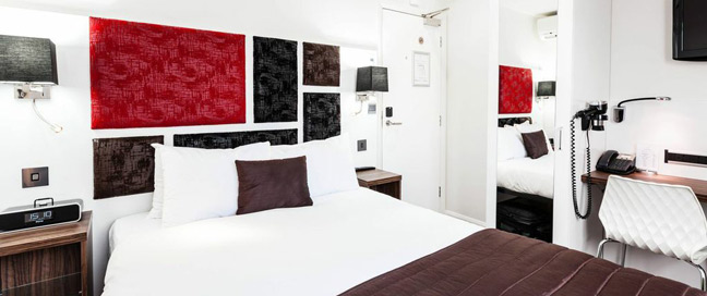 Chiswick Rooms - Bedroom