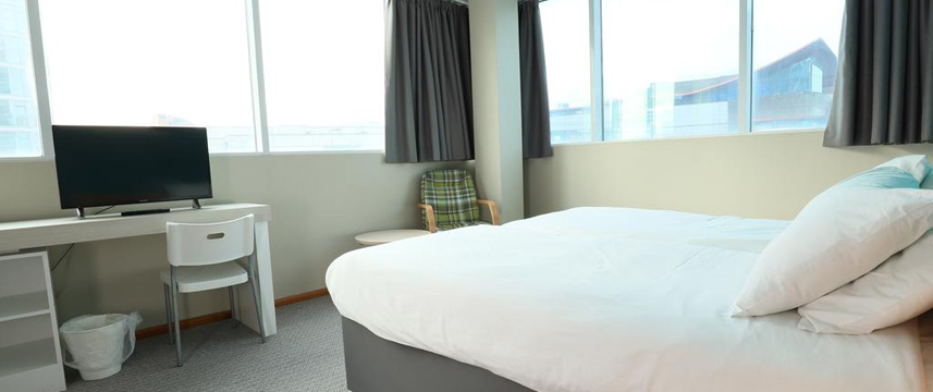Citrus Hotel Cardiff - Double Room