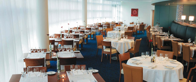 Clarion Liffey Valley Hotel - Dining