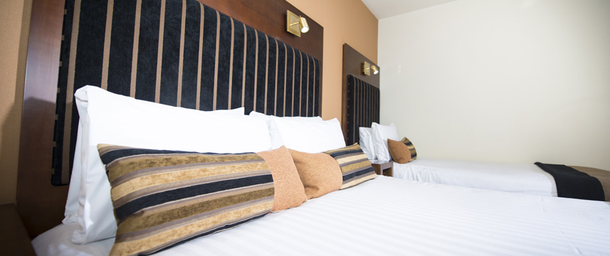 Columba Hotel Inverness - Family Room Beds