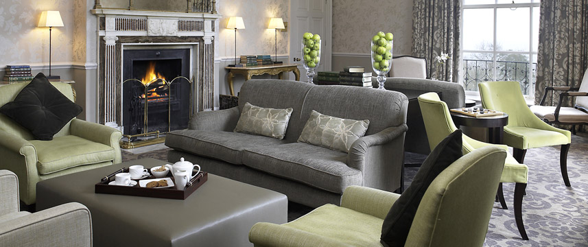Combe Grove Manor Hotel - Lounge