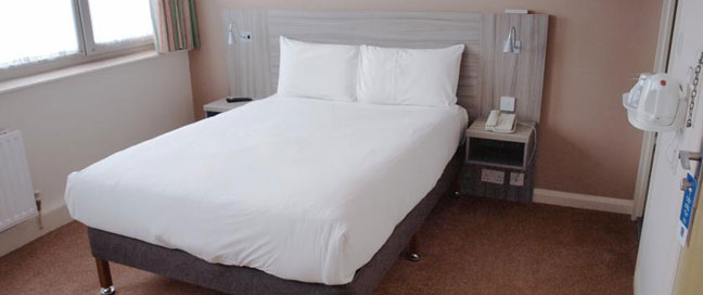 Comfort Inn Vauxhall - Double bedroom