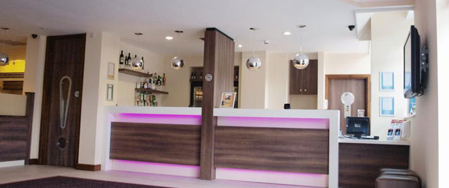 Comfort Inn Vauxhall - Reception bar