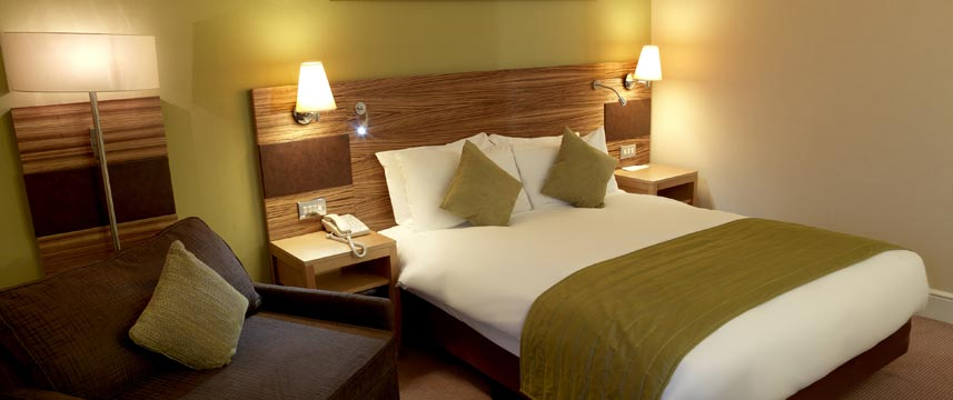 Crowne Plaza Chester - Bedroom
