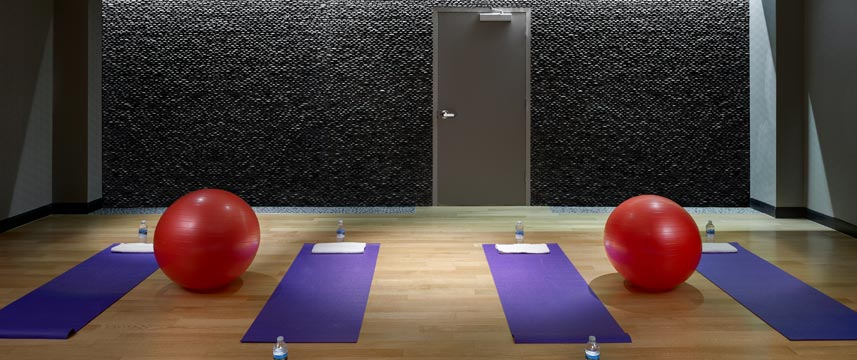 Crowne Plaza JFK Airport - Yoga Room