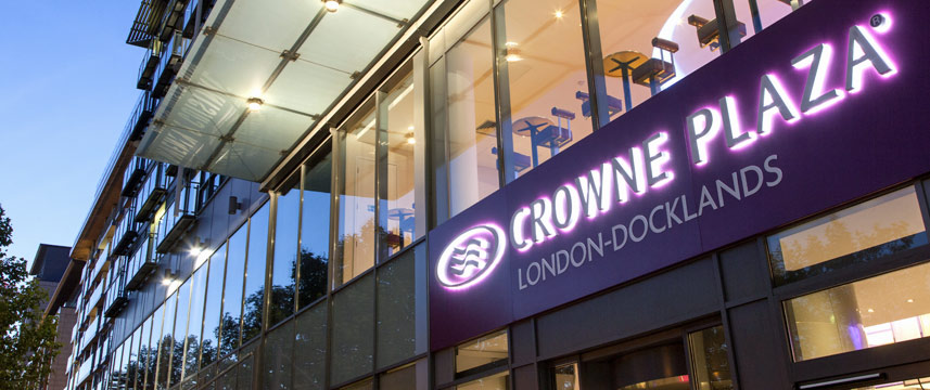 Crowne Plaza London Docklands - Entrance