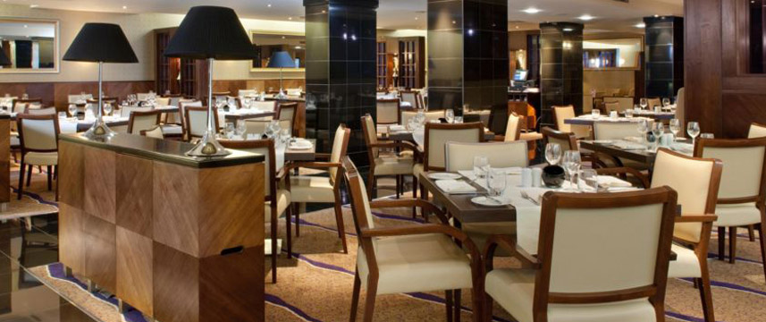 Crowne Plaza London Ealing - Dining Area