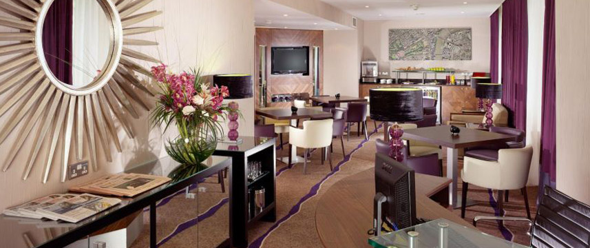 Crowne Plaza London Ealing - Lounge Bar