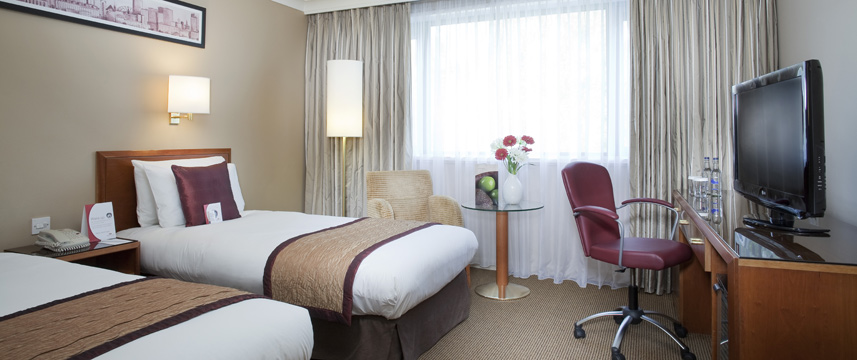 Crowne Plaza Manchester Airport - Twin