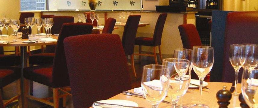 De Vere University Arms Hotel - Restaurant