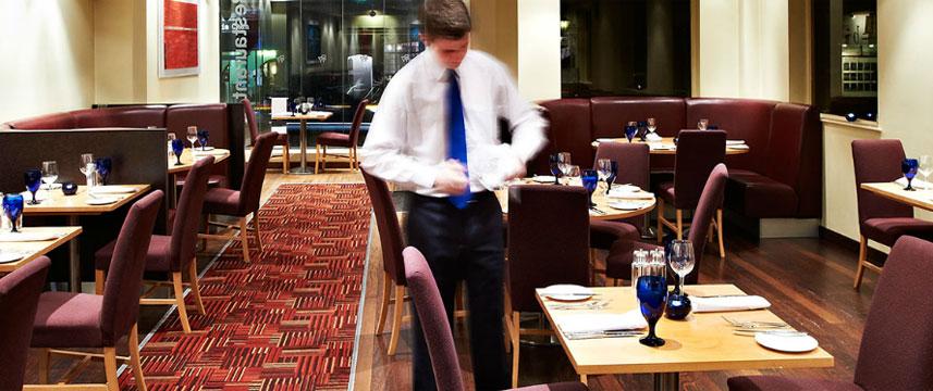 De Vere University Arms Hotel - Restaurant Tables