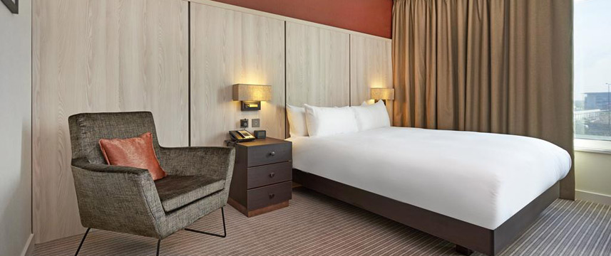 Doubletree By Hilton London Excel - Queen Room