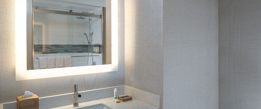 Even Hotel New York - Times Square South - Bathroom