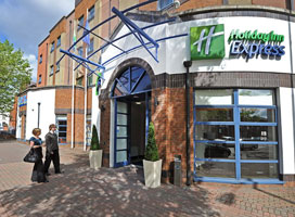 Holiday Inn Express Belfast City - Queens Quarter