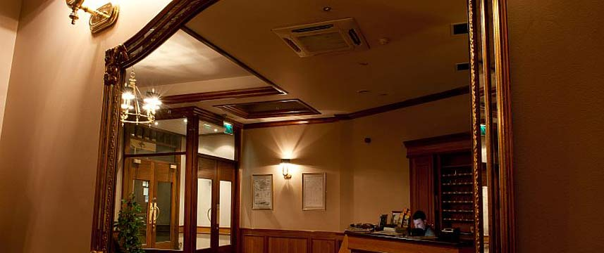 Eyre Square Hotel - Decor