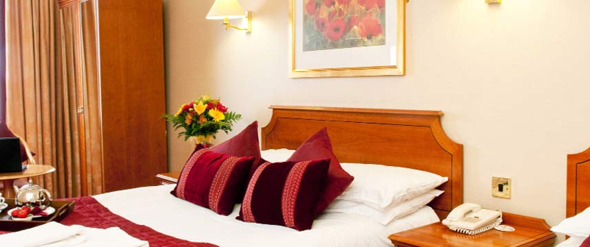 Eyre Square Hotel - Triple Room