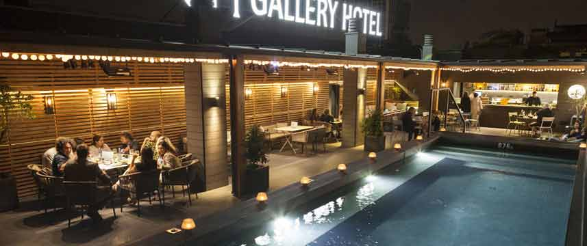 Gallery Hotel - Pool Night