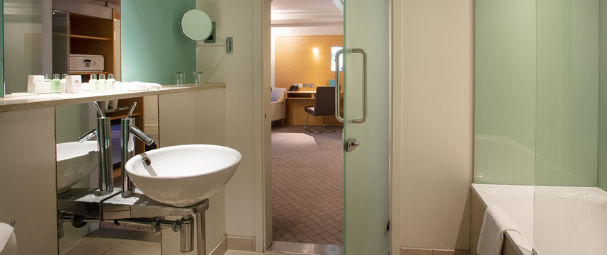 Great Cumberland Place - Standard Twin Bathroom