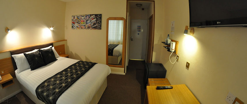 Heritage Hotel - Double Bedroom