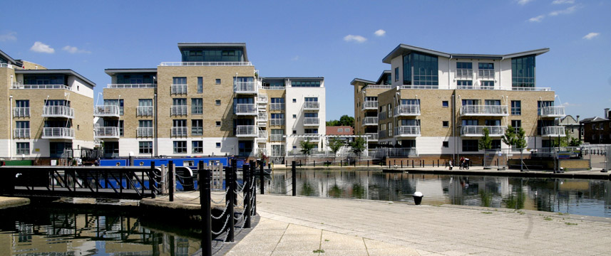 Holiday Inn Brentford Lock - View
