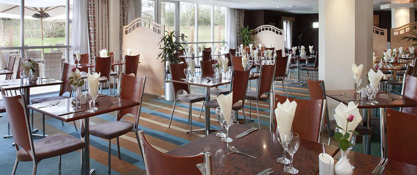 Holiday Inn Bristol Airport - Restaurant