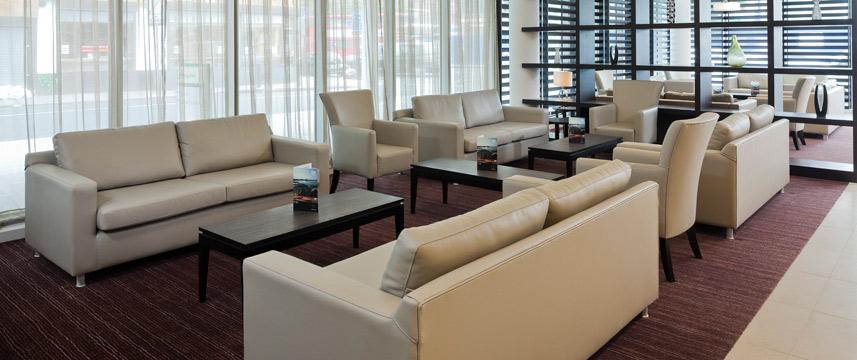 Holiday Inn Commercial Road - Lobby