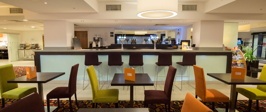 Holiday Inn Express Birmingham South A45 - Lounge
