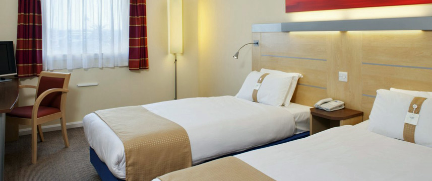 Holiday Inn Express Cardiff Airport - Twin Room