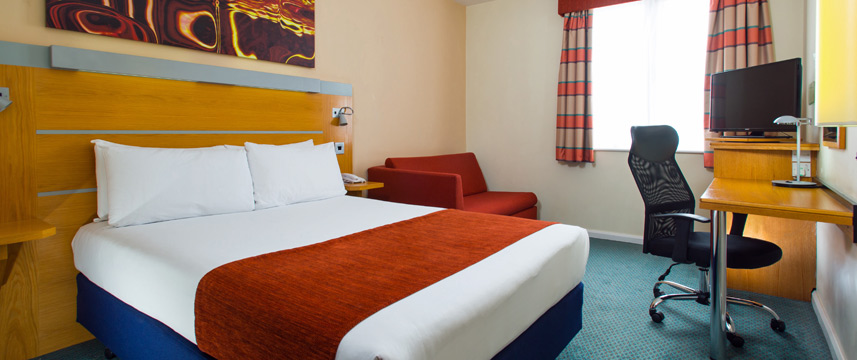 Holiday Inn Express Cardiff Bay - Double Bed