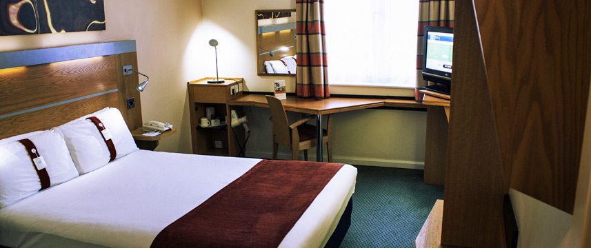 Holiday Inn Express Cardiff Bay - Double Room