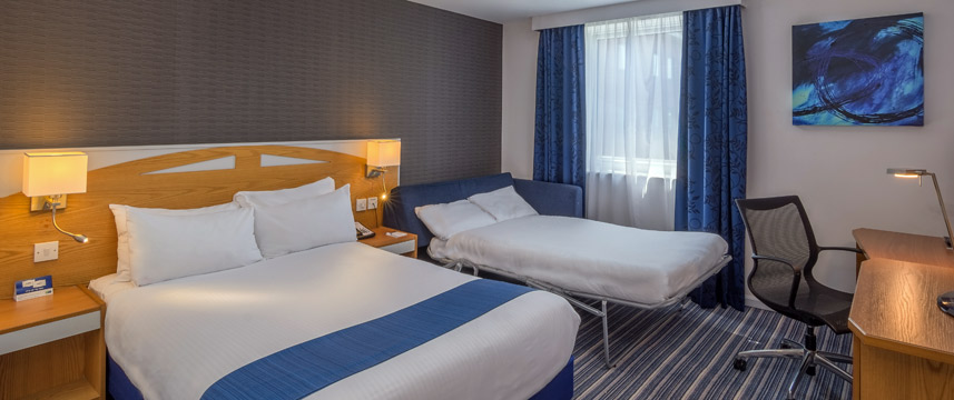 Holiday Inn Express Castle Bromwich Family Room Main