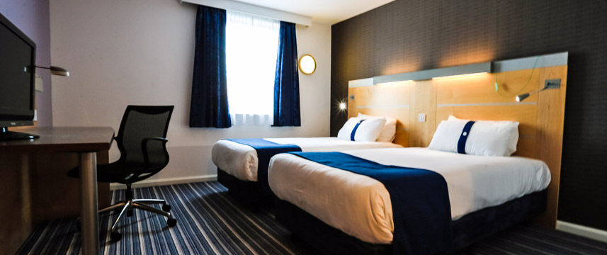 Holiday Inn Express Castle Bromwich Twin Room Main