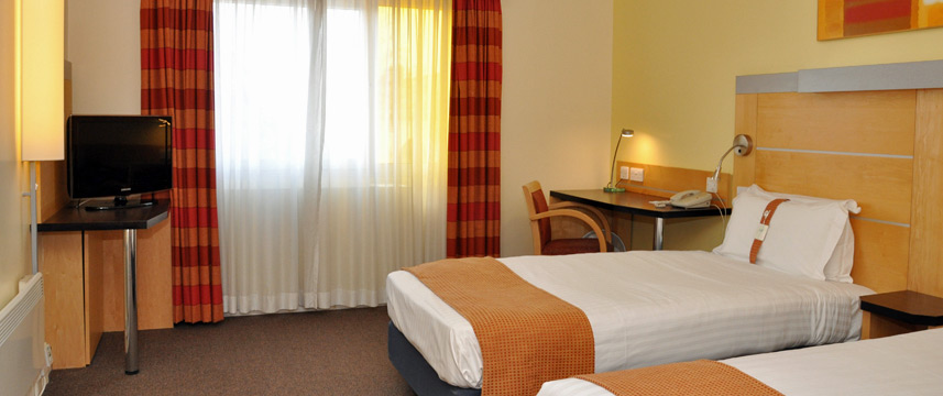 Holiday Inn Express Chester Racecourse - Twin Room