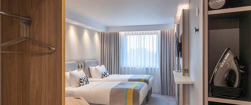 Holiday Inn Express Dublin Airport - Twin Room