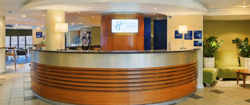 Holiday Inn Express Liverpool Knowsley Reception